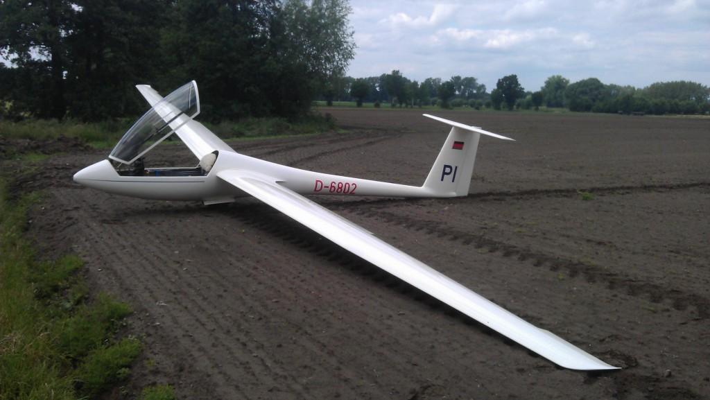 LS4a D-6802 Einsitziges Segelflugzeug für fortgeschrittene Flugschüler, Überlandflug und Wettbewerb